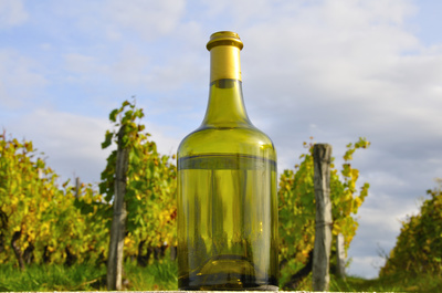 Vin jaune,vin du jura, clavelin
