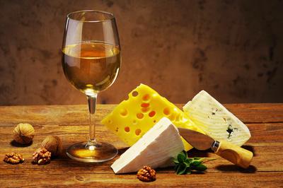 vin du jura, vin jaune, vin de paille, macvin